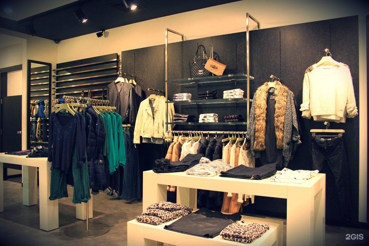 «guess, сеть магазинов одежды», 20 адресов на карте москвы.