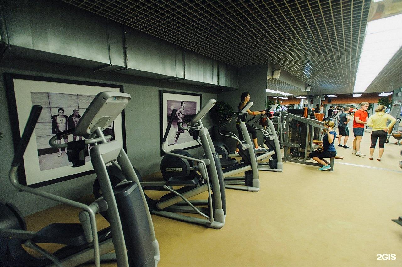 Подробная информация о фитнес-клубе «fitness family» (пр-т обуховской обороны) в невском районе у метро рыбацкое.