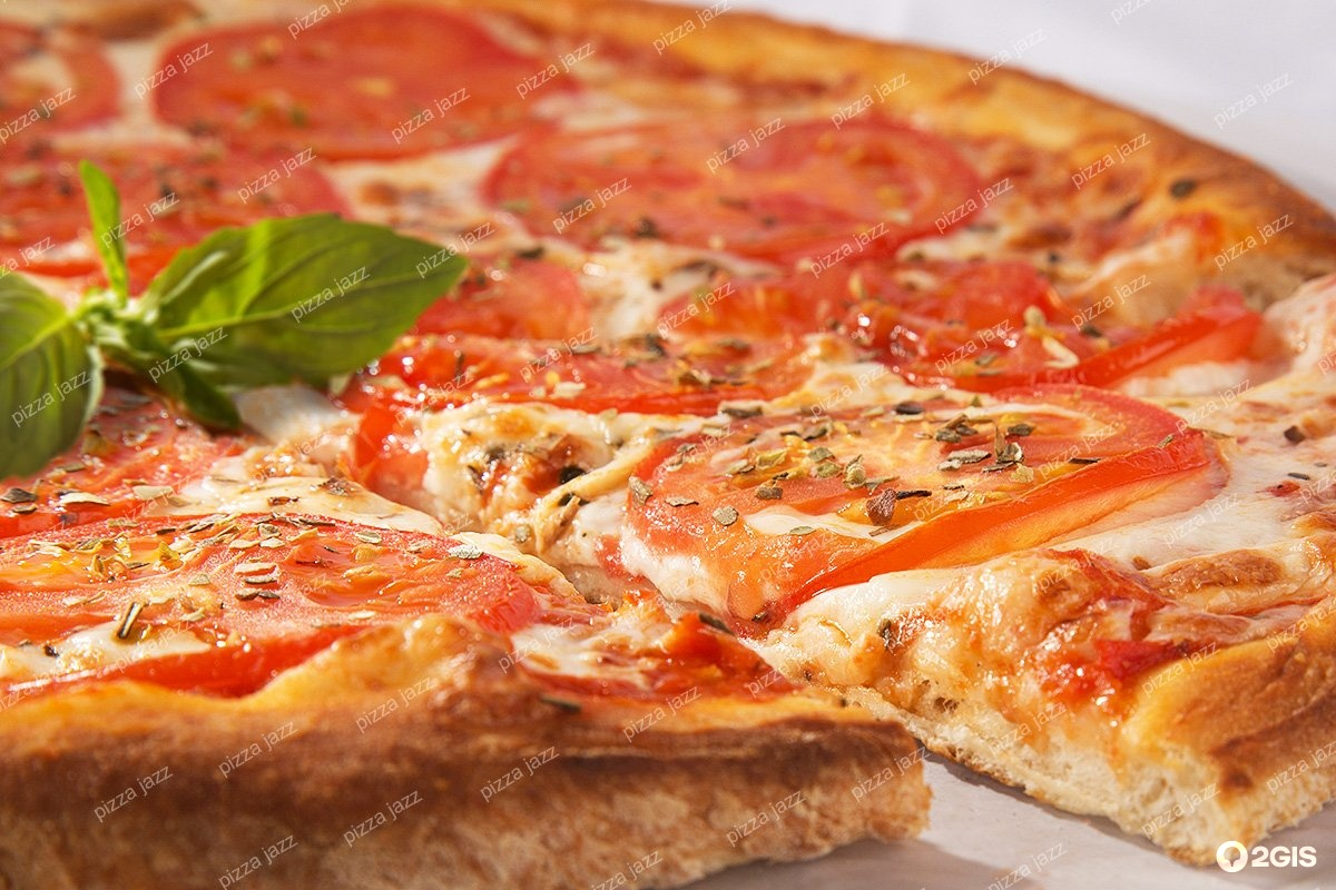 jas pizza P jays pizza 440-885-4355 we continue to offer the finest hand made pizza, pasta, and specialties crafted with an old world commitment to excellence hand tossed dough made fresh every morning for our award winning pizzas.